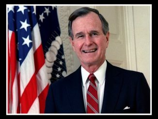 445px-George_H._W._Bush,_President_of_the_United_States,_1989_official_portrait